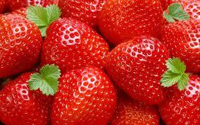 Lindungi Jantung dengan Strawberry