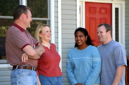 Memiliki Tetangga Ramah dan Baik Berpengaruh Pada Kesehatan Jantung Anda